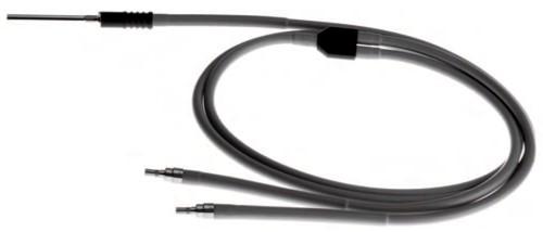 Standard-Kaltlichtkabel  1 x Projektor / 2 x Endoskop