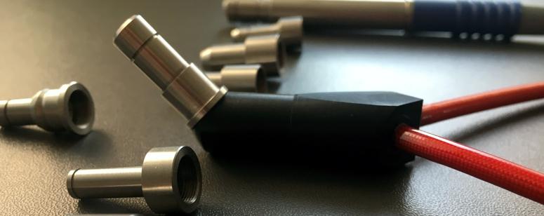 Spezialkabel für OP-Mikroskope werden nach Ihren Wünschen angefertigt